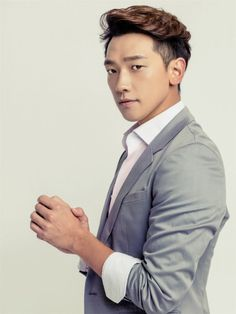 [images] Rain check. (Including a new teaser for this year's MAMAs!)