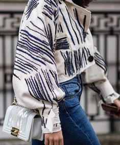 25 classy women knitwear outfit inspirations ideas Source by tessarosenstein women dress Fashion Details, Look Fashion, Winter Fashion, Womens Fashion, Fashion Trends, Feminine Fashion, Fashion Ideas, Structured Fashion, Fashion Tips