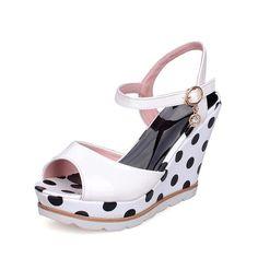 ae4ba058e8 11 awesome Wedding heels - petite feet heels images | Bridal heels ...