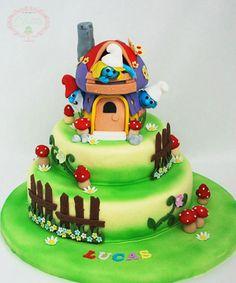 Smurfs cake - Cofetaria Dana  https://www.facebook.com/cofetariadanaturda  http://cofetariadana.ro/ #smurfscake #birthdaycake #smurfsbirthdaycake #cakes