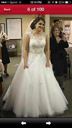 Allure 9022 wedding dress