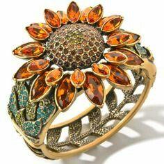 sunflower ring by Heidi Daus Jewelry Shop, Jewelry Accessories, Fine Jewelry, Fashion Jewelry, Jewelry Design, Sunflower Ring, Sunflower Jewelry, Black Hills Gold Jewelry, Yellow Jewelry