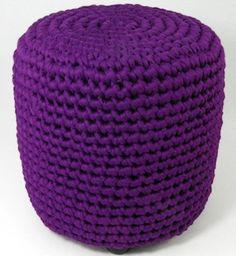 Foot stool crochet Zpagetti