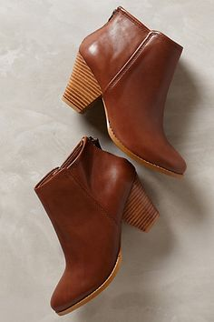 http://www.anthropologie.com/anthro/product/shoes-new/33417312.jsp#/ Stonemason Booties #anthropologie