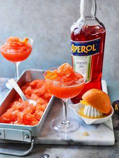 Cocktail Punch, Cocktail Drinks, Frozen Cocktails, Summer Cocktails, Cocktail Recipes Aperol, Aperitif Drinks, Italian Cocktails, Kumquat Confit, Spritz Recipe