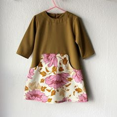 Lidt flere Louisa kjoler . Og det virker ikke efter hensigten at sy den i en str. 2 - min mand hopper ikke på den!!! Så, den fine grå kjole ...