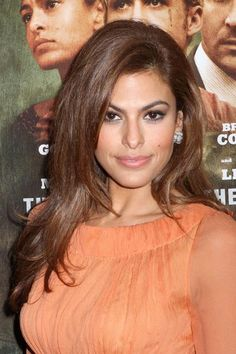 "To prevent thick hair from looking heavy and stationary use a ""weightless"" blow-dry serum when the hair is wet, like Eva Mendes. #ThickHair #Hair"