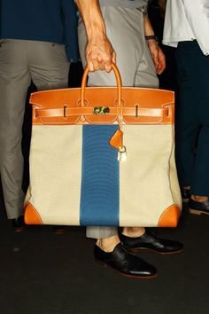 Best of Backstage: Paris Men's SS13 | Fashion Magazine | News. Fashion. Beauty. Music. | oystermag.com Hermes Handbags, Hermes Bags, Hermes Birkin, Mens Handbags, Hermes Men, Birkin Bags, Jane Birkin, Mens Fashion Week, Briefcase