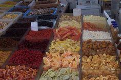 Frutos secos na feira de Santa María del Camí - Isla de Mallorca - Espanha