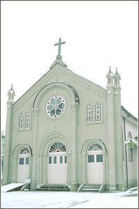 Miyazu Catholic Church 500 Miyamoto, Miyazu City It is the second oldest Catholic church in Japan, after Oura Cathedral in Nagasaki.