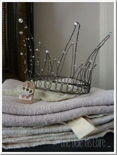 Awesome handmade crown idea!!