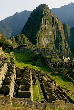 Despite scientists decades of studying the sacred mountain city, there are still many mysteries and questions unanswered. Here are 5 Little Known Secrets of Machu Picchu. Machu Picchu, Oh The Places You'll Go, Places To Travel, Places To Visit, Wonderful Places, Beautiful Places, Mountain City, Sacred Mountain, Peru Travel