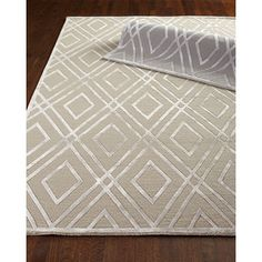 Exquisite Rugs Jewel Point Rug