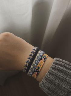 Friendship Bracelets Fun to Make, Fun to Wear, Fun to S Summer Bracelets, Cute Bracelets, Braided Bracelets, Ankle Bracelets, Handmade Bracelets, String Bracelets, Loom Bracelets, Macrame Bracelets, Diy Friendship Bracelets Patterns