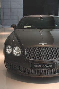 The Bentley Continental GT Speed - Super Car Center Bentley Motors, Bentley Car, Bentley Continental Gt, Rolls Royce, Luxury Travel, Luxury Cars, Luxury Vehicle, E90 Bmw, Billionaire Lifestyle
