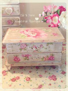 Decoupage jewellery box & drawers ❤️