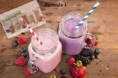 Protein shakes are excellent for weight loss because they make it easy to accurately track calories, which helps control total calorie consumption🍯🍋🍇🍓 Herbalife Shake, Herbalife Nutrition, Protein Rich Foods, Protein Snacks, Marche Active, Post Workout Protein, Muscle Building Tips, Nutrition Club, Keeping Healthy