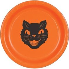 Add a little bit of a retro Halloween look to your Halloween decorating this year with some vintage black cat paper plates....