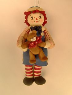 Raggedy Andy ornament by BarbarasClayMagic Polymer Clay Figures, Cute Polymer Clay, Fondant Figures, Fimo Clay, Polymer Clay Creations, Christmas Snowman, Christmas Crafts, Christmas Ornaments, Raggedy Ann And Andy