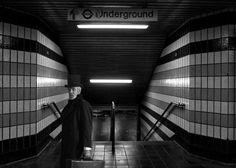 black and white stairs leading to london underground By chrissie Ju  black and white stairs leading to london underground By chrissie Ju Gallery quality print on thick 45cm / 32cm metal plate. Each Displate print verified by the Production Master. Signature and hologram added to the back of each plate for added authenticity & collectors value. Magnetic mounting system included.  EUR 48.00  Meer informatie