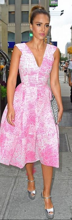 Who made  Jessica Alba's silver platform sandals, jewelry, and pink print dress that she wore in New York