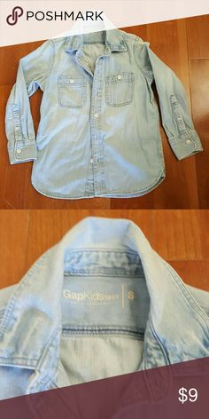 Gap Kids Light Denim Shirt This shirt is adorable, soft and well constructed. Unsure if ever worn, as my son grew out of it before getting a chance. It's light denim, button down with no wear, stains and all inside tags attached. Size s..fits approximate 7-8 GAP Shirts & Tops Button Down Shirts