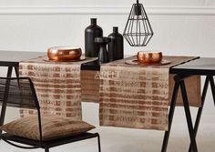 elegant - kupfer, ein leichter Schmimmer auf dem Tisch mit dem Tischläufer 7906 von Apelt, dazu das passende Kissen