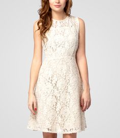 fredflare.com // lace dress