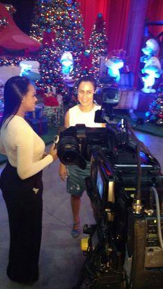 Dois a Um Cenografia em entrevista ao Fala Brasil da TV Record. Resultado de assessoria de imprensa da Bendita Imagem.