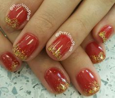 Ombre gold glitter Christmas nails