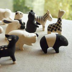 JAPANWAVE - Tierfiguren aus Holz