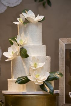 Memphis Wedding & Party Planners manage & coordinate all aspects for you. Our Event Designers create unique & amazing experiences. Event Planners, Memphis Tennessee, Dessert Tables, Beautiful Wedding Cakes, Southern, Party, Design, Fiesta Party, Dessert Table