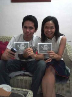 Ayn and Michael Alegre promoting Pyrotechnic Poetry 2! hahahah. thats the 2nd format of PMP.