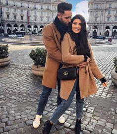 Couple goals💕 Yes or no ? Classy Couple, Stylish Couple, Matching Couple Outfits, Matching Couples, Style Année 80, Couple Style, Mode Outfits, Fashion Outfits, Fashion Couple