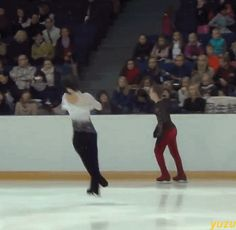 When you fall but then the ice remembers you're Yuzuru Hanyu and your will must be obeyed.