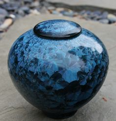 Blue Crystalline Urn by Tracey Renner - Sold (Pottery, Porcelain, High Fire) Glazes For Pottery, Ceramic Pottery, Pottery Art, Burial Urns, Clay Box, Dog Urns, Big Vases, Keramik Vase, Pottery Techniques