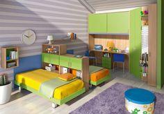 ameublement chambre 2 enfants avec étagères de séparation