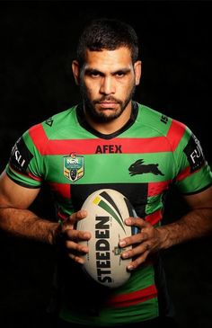 Greg Inglis is an Aboriginal NRL player for the South Sydney Rabbitohs. Australian Rugby League, Australian Football, Super Rugby, Rugby Men, Sports Images, Senior Boys, Rugby Players, Famous Men, Sport Photography