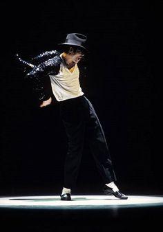 Michael Jackson! Best dancer ever!