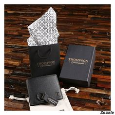 Shop Keychain Gift Set with Monogrammed Leather Wallet created by tealsprairie. Personalized Leather Wallet, Personalized Gifts For Men, Customized Gifts, Custom Gifts, Keychain Design, Best Wallet, Coin Wallet, Groomsman Gifts, Gift Bags