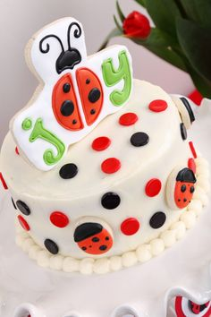 http://marzime.hubpages.com/hub/LadyBug-Theme-Party