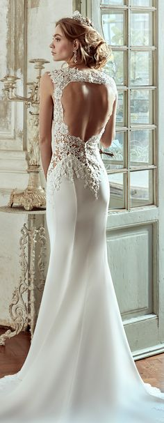 Nicole Ivory mermaid gown, in cady with beading macramè lace. Nicole 2017 Collection - Wedding Dress