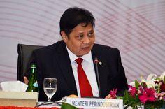 IndonesianIndustry.com-Kementerian Perindustrian (Kemenperin) mendorong optimalisasi pelaksanaan Pelayanan Terpadu Satu Pintu (PTSP) guna menarik lebih banyak investasi di sektor industri. Ini dikarenakan PTSP memberikan kemudahan dan kecepatan dalam mengurus perizinan usaha. &qout;Dengan diimplementasik…