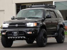 Discover recipes, home ideas, style inspiration and other ideas to try. Sw4 Toyota, 1999 Toyota 4runner, Toyota Surf, Toyota Tacoma, Toyota Lift, Toyota Pickup 4x4, Toyota Trucks, Lifted Ford Trucks, Overland 4runner