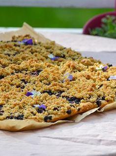 Kaura-mustikkapiirakka vie kielen mennessään Home Bakery, Tasty, Yummy Food, Sweet Pastries, Desert Recipes, Let Them Eat Cake, Food Inspiration, Baked Goods, Brunch