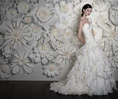 Awesome Paper Flower Wall!
