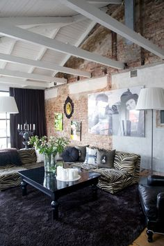 exposed brick black and white
