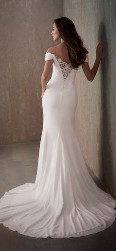 Adrianna Papell | Simple Crepe Wedding Dress with Lace Draped Neckline - 31028