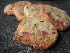 Something about cheese and lardons.look bad ass! Wish I knew more French at times. Antipasta, Cooking Time, Cooking Recipes, Appetizer Recipes, Appetizers, Food Porn, Good Food, Yummy Food, Chefs