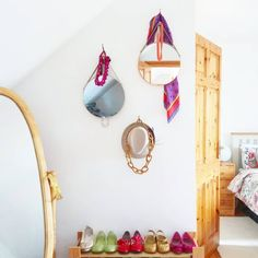 Gallery wall / accessories organisation! Wall Accessories, Gallery Wall, Interior Design, Mirror, Christmas, Stuff To Buy, Furniture, Instagram, Home Decor
